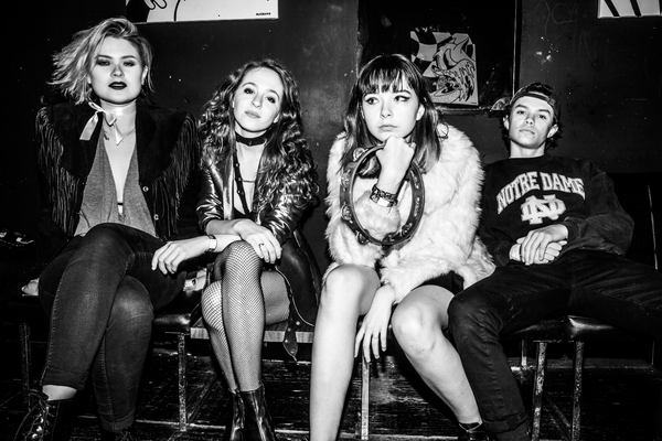 The Regrettes – A Living Human Girl