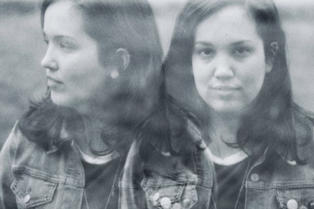 Jen Starsinic – Picture In A Frame