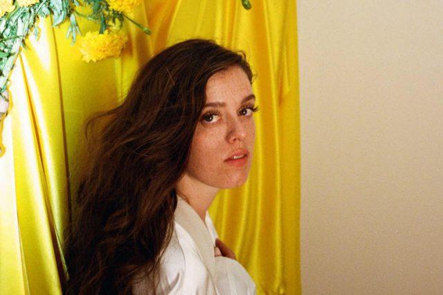 Sara Jackson-Holman – Trippin