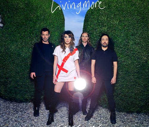 Livingmore – Sharp